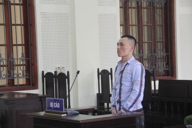 Lê Ngọc Tuấn trong phiên xét xử