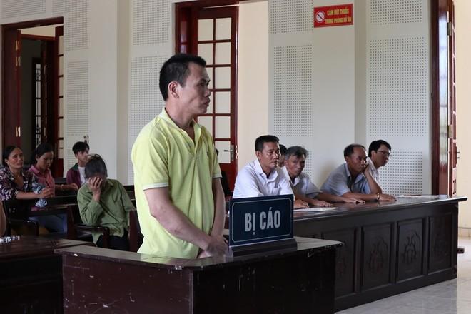 Phan Đình Chính trong phiên xét xử