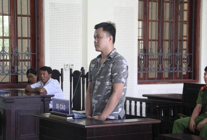 Nguyễn Văn Giang trong phiên xét xử