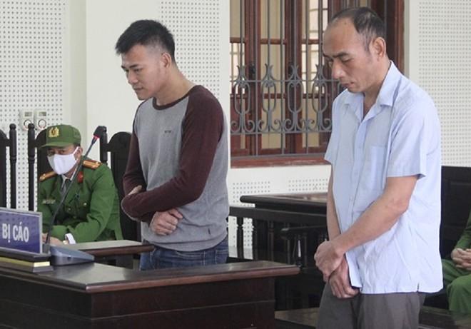 Dũng và Thắng trong phiên xét xử