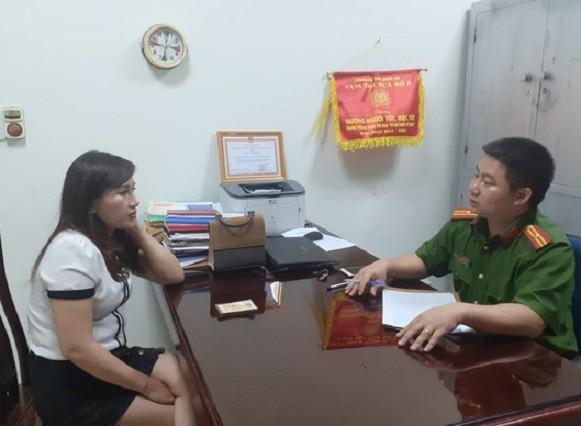 Nhân viên môi giới bất động sản Trần Thị Giang tại cơ quan công an
