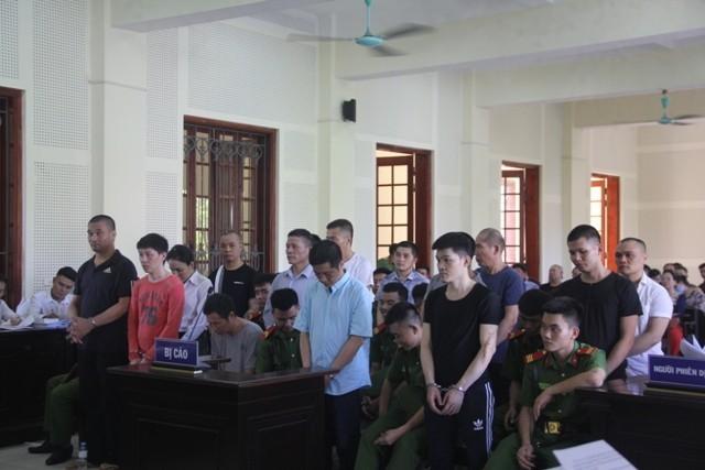 Theo đó, Cao Xuân Thủy đã cấu kết với nhiều bị cáo lập đường dây buôn bán ma túy từ nước ngoài vào Việt Nam với thủ đoạn hết sức tinh vi.