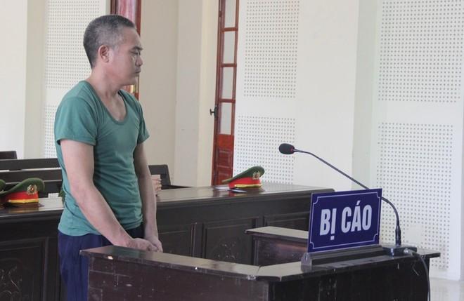 Dương Văn Chương trong phiên xét xử