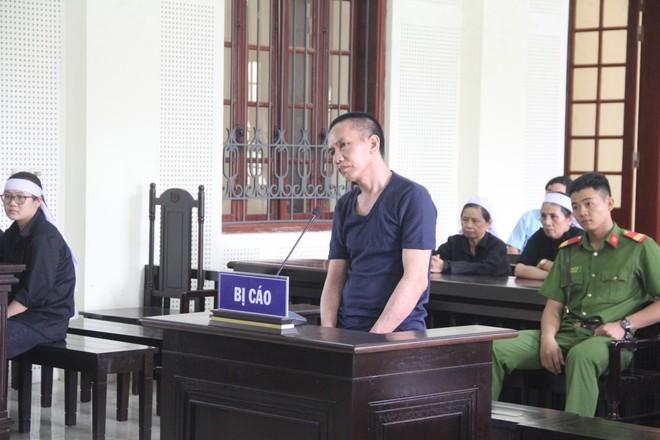 Nguyễn Đình Tương trong phiên xét xử