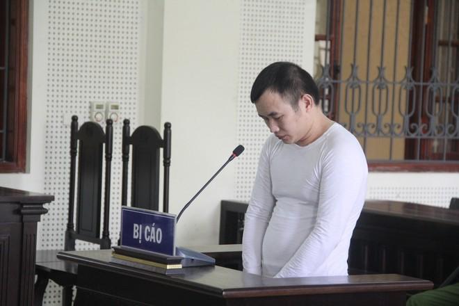 Hồ Đình Quý trong phiên xét xử
