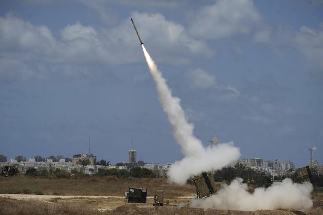 Tên lửa liên tục bắn từ dải Gara vào Israel