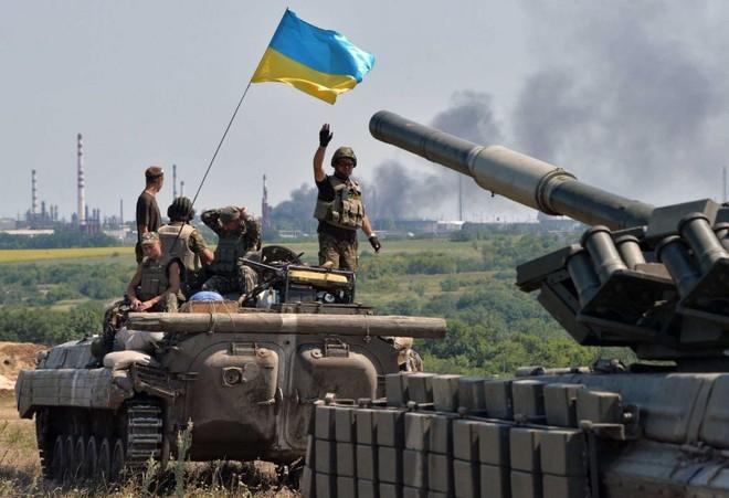 Quân đội chính phủ Ukraine tại vùng xung đột Donbass
