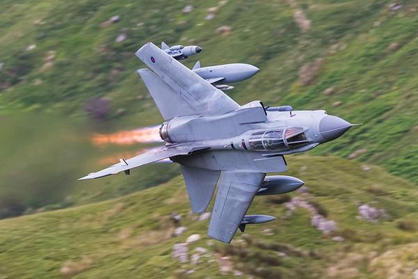 Tornado GR4 của không quân Saudi Arabia rơi trên vùng lãnh thổ Yemen