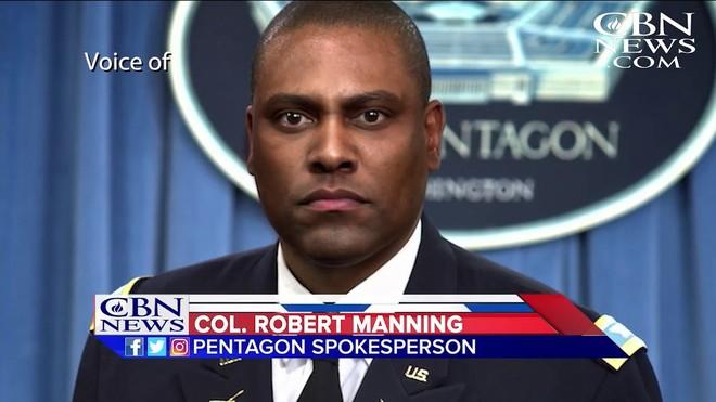 Người phát ngôn Bộ Quốc phòng Mỹ, Đại tá Robert Manning