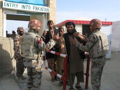 Kiểm soát tại cửa khẩu giữa Pakistan và Afghanistan