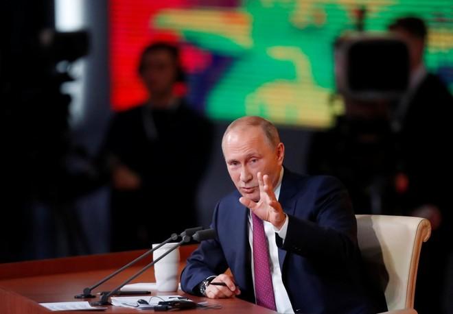 Tổng thống Nga Putin trong một lần trả lời phỏng vấn