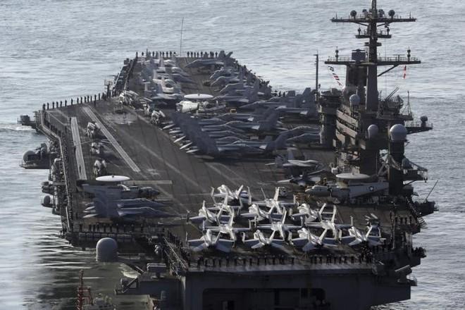 Tàu sân bay USS Carl Vinson của Hải quân Mỹ trong một lần tập trận với Hàn Quốc
