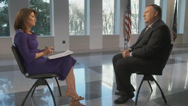 """Giám đốc Cơ quan tình báo trung ương Mỹ Mike Pompeo (phải) trả lời phỏng vấn chương trình """"Sáng hôm nay"""" của truyền hình CBS"""