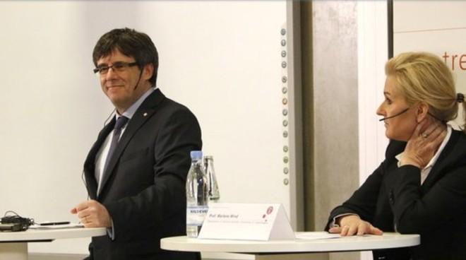 Cựu thủ hiến Carles Puigdemont trong cuộc hội thảo chính trị Catalonia và châu Âu tại Copenhagen, Đan Mạch ngày 23/1