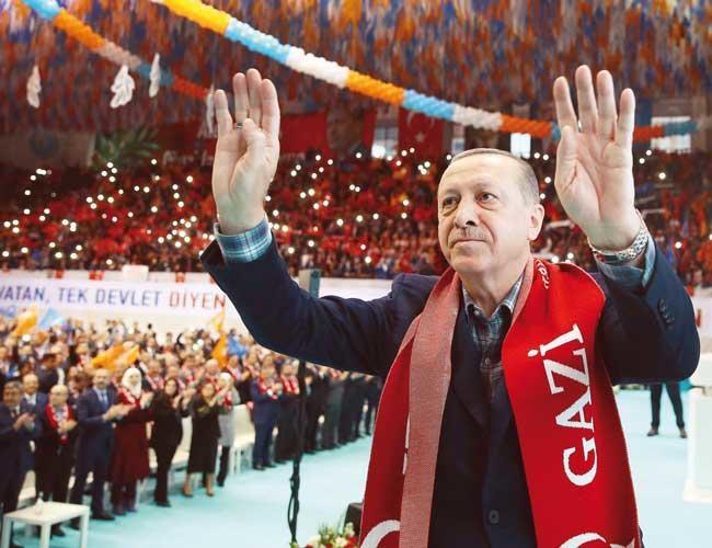 Ông Erdogan cho biết, tổng cộng 2.021 phần tử khủng bố bị vô hiệu hoá