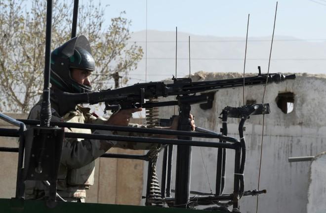 Cảnh sát Pakistan canh gác tại Baluchistan.