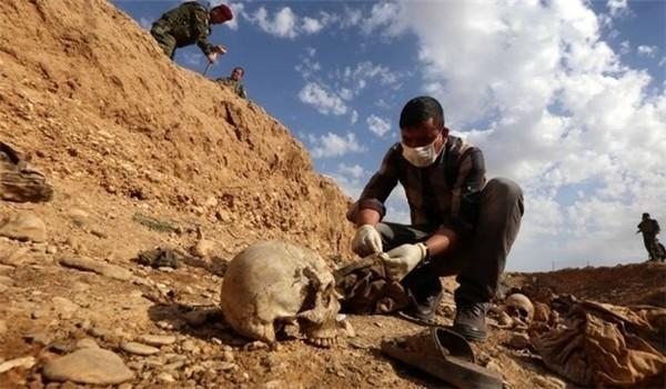 Ngôi mộ tập thể phát hiện được ở Douma