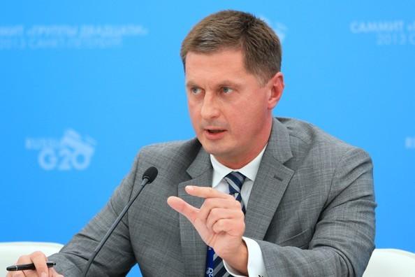 Vụ phó Vụ những thách thức và mối đe dọa mới thuộc Bộ Ngoại giao Nga Dmitry Feoktistov