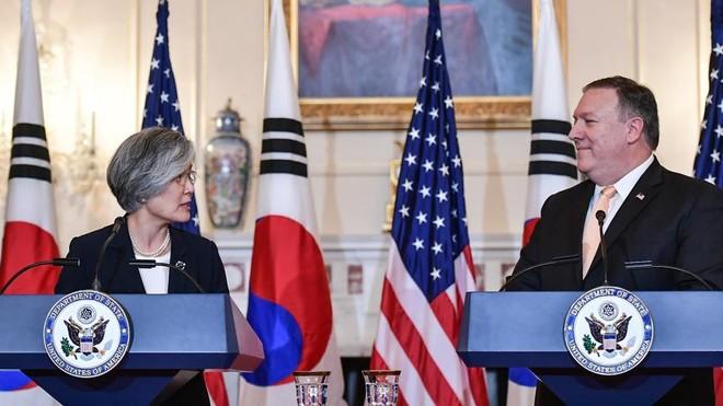 Ngoại trưởng Mỹ Mike Pompeo và Ngoại trường Hàn Quốc Kang Kyung-wha trao đổi về tình hình Triều Tiên