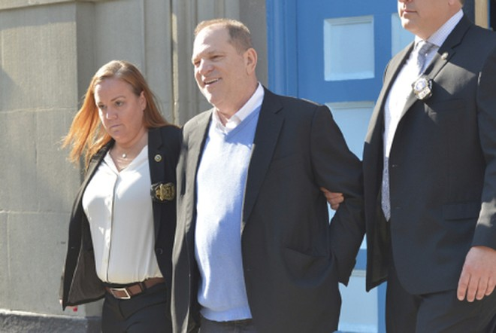 Ông Harvey Weinstein được tại ngoại với mức bảo lãnh lên tới 1 triệu USD
