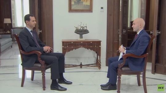 Tổng thống Syria Bashar al-Assad trả lời phòng vấn hãng RT sau khi quân đội Syria giành chiến thắng tại các thành phố Aleppo, Dayr la-Zawr, Homs và Damascus