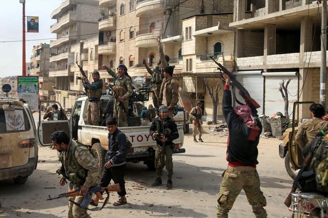 Lực lượng Thổ Nhĩ Kỳ với sự tham gia của quân đội Syria tự do, chiếm quyền kiểm soát vùng đất người Kurd ở Afrin tháng 1-2018