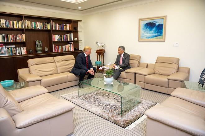 Hai nhà lãnh đạo hội đàm riêng tại dinh Tổng thống