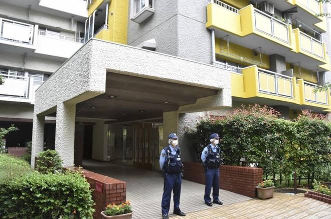 Cảnh sát phong tỏa khu nhà ở Yokohama sau khi xảy ra vụ tấn công