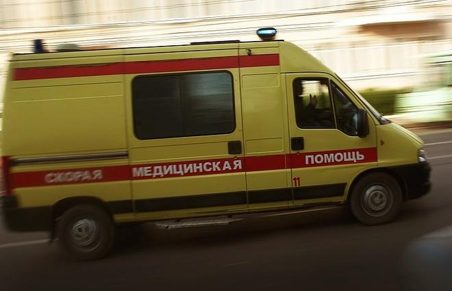 Xe cứu thương rời hiện trường