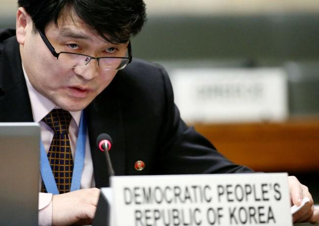 Ông Ju Yong-chol, nhà ngoại giao Triều Tiên tại Geneve