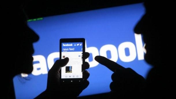 Facebook ngăn chặn 32 trang và tài khoản