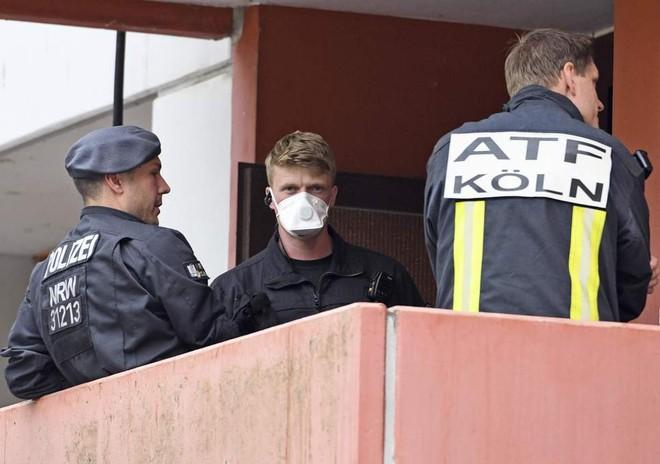 Cảnh sát Đức trong vụ bắt giữ hôm 12-6