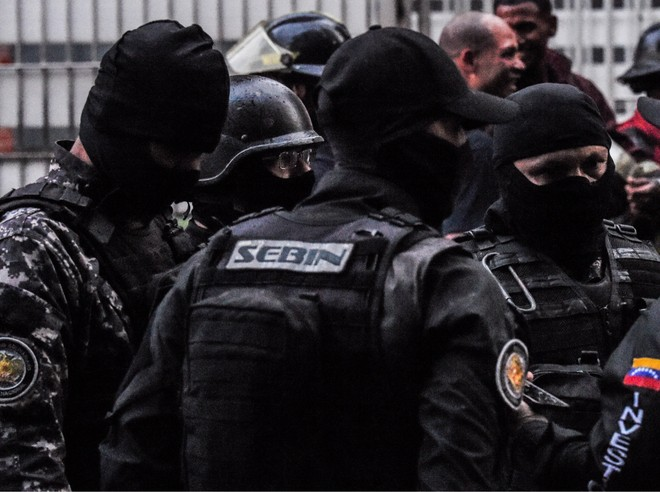 Lực lượng đặc nhiệm Venezuela tại hiện trường