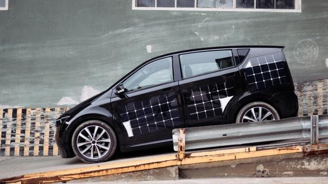 Sion, mẫu xe điện với 330 tấm pin mặt trời