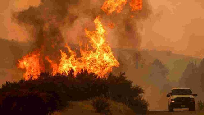 Hiện vẫn còn 18 điểm cháy lớn tại California