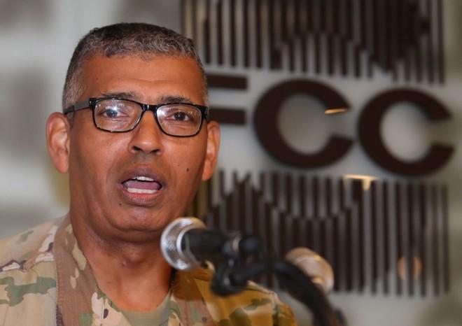 Tư lệnh các lực lượng Liên Hợp Quốc, Lực lượng Liên hợp, và Lực lượng Mỹ tại Hàn Quốc, Tướng Vincent K. Brooks phát biểu trong một cuộc họp báo tại Seoul, ngày 22-8-2018