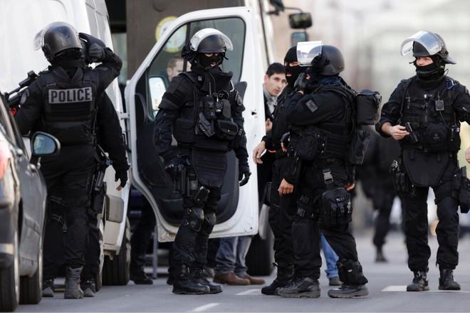 Lực lượng đặc nhiệm trong vụ đột kích