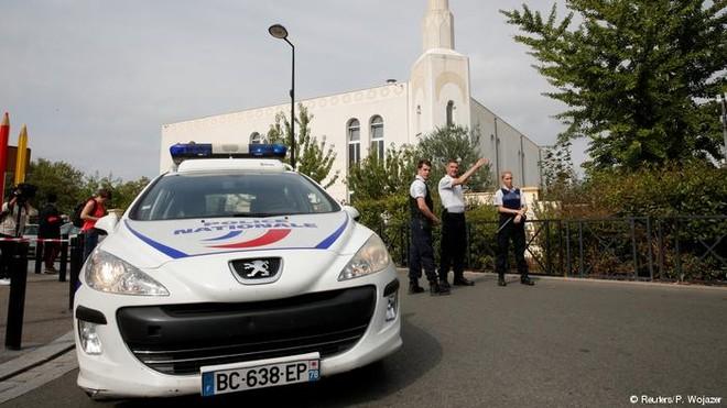 IS thừa nhận trách nhiệm vụ tấn công khiến 2 người thiệt mạng