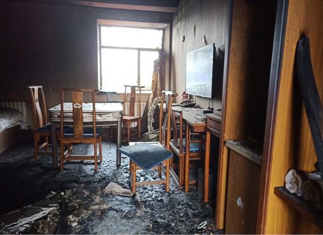Một căn phòng khách sạn sau vụ cháy