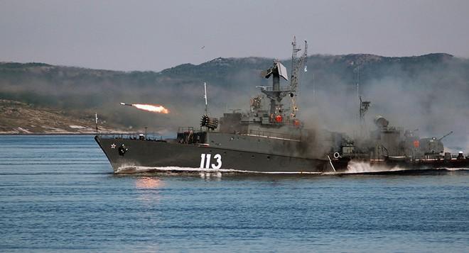 Khu trục chống ngầm của Nga trong tập trận