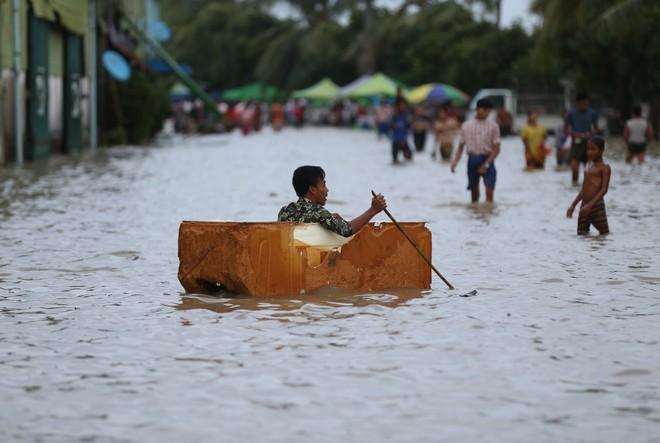 Miền Trung Myanmar ngập lụt do vỡ đập