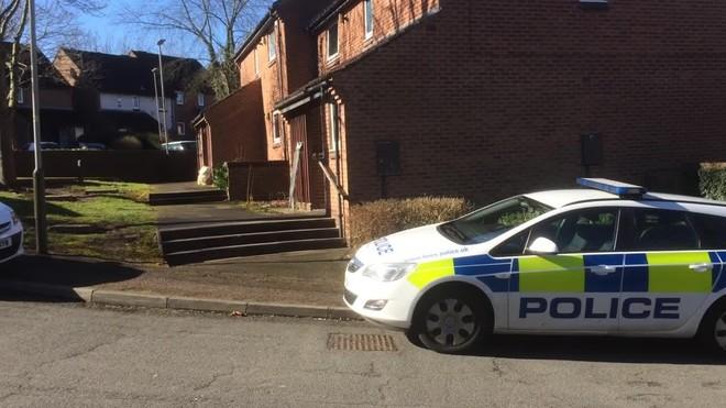 Cảnh sát bắt giữ một đối tượng 16 tuổi tình nghi liên quan đến khủng bố