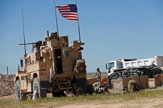Lính Mỹ ở tiền tuyến gần biên giới Syria