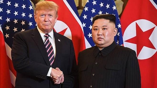 """Triều Tiên cảnh báo Mỹ về """"món quà Giáng sinh không mong muốn"""""""