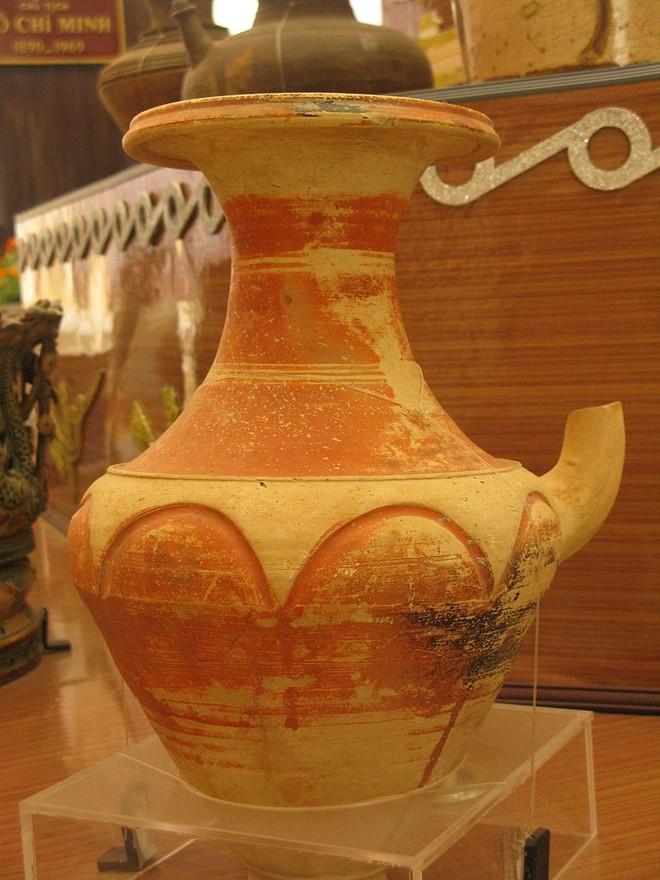Triển lãm gốm Óc Eo Nam Bộ lần thứ nhất ảnh 1