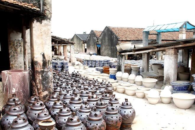Các làng nghề truyền thống tại Hà Nội mang vẻ đẹp bình yên, hồn hậu hấp dẫn du khách bốn phương
