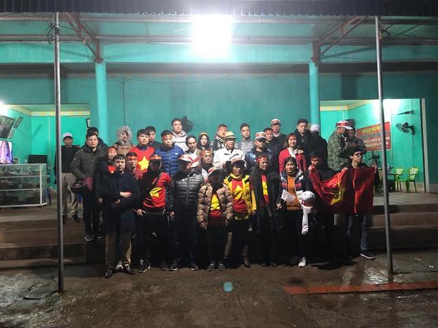 Đoàn khách bị lỡ chuyến đi cổ vũ U23 Việt Nam