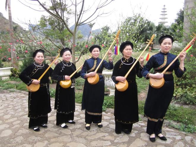 Hát Then, đàn Tính là một thể loại ca nhạc tín ngưỡng truyền thống của các dân tộc Tày, Nùng, Thái xuất hiện lâu đời ở các tỉnh miền núi phía Bắc