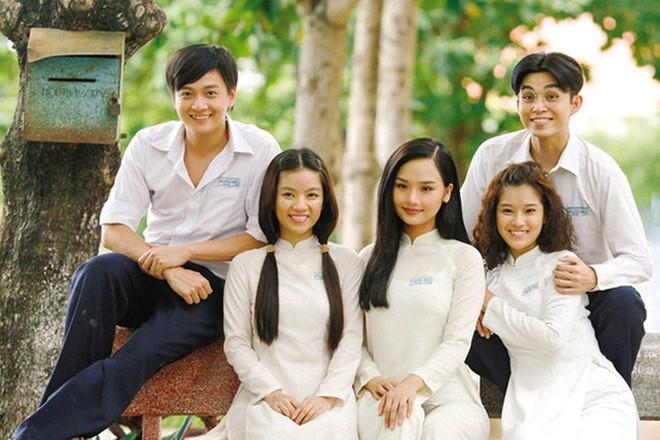 """""""Ngồi khóc trên cây"""" của Nguyễn Nhật Ánh sẽ được chuyển thể thành phim ảnh 1"""