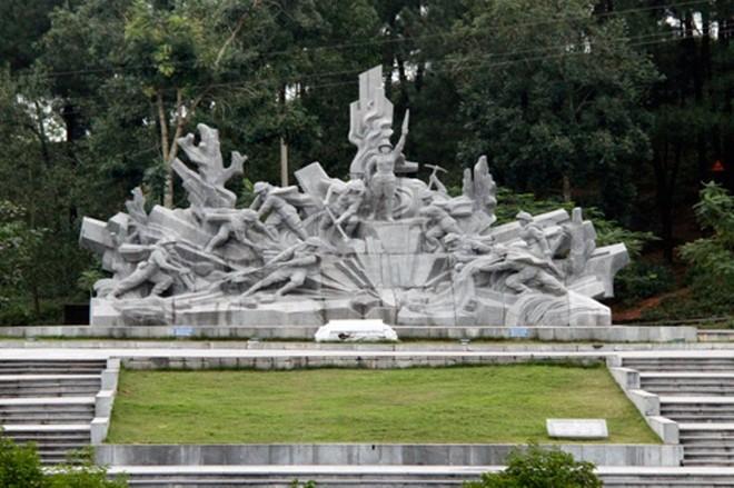 Nhiều hoạt động ý nghĩa kỷ niệm 50 năm chiến thắng Đồng Lộc ảnh 1